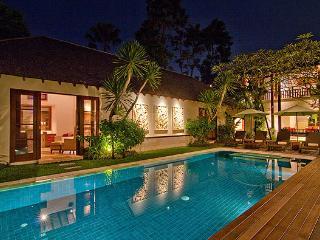 Seminyak - Bali Luxury Private Villa 4 Bedrooms Seminyak
