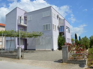 TH00574 Apartments Nedjeljko / A3 Studio, Bibinje