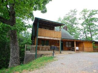 Beary Blessed Cabin, Sevierville
