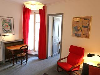 Apartment Marmor holiday vacation apartment rental france, paris, 4th