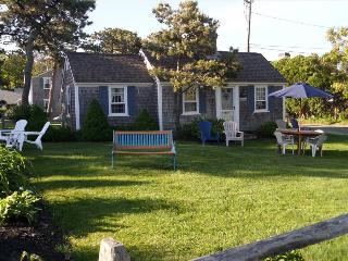 Dennis Seashores Cottage  3 - 2BR 1BA, Dennis Port