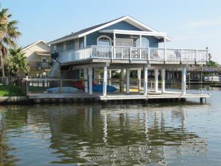 Fish  Dock /Deck-Fishing Light  TOYS- Kayak - Boards - Beach Close-Golf Cart-