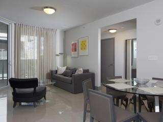 Airy 3 Bedroom Apartment in Brickell, Miami