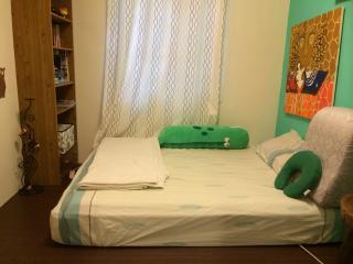 Whole apartment (三房兩廳,三個房間+大客廳與獨立廚房,獨立工作室,獨立餐廳)