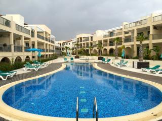 The Grove Spa Resort penthouse apt B28, Mazotos