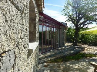 Maison Provençale sous les chênes