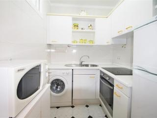 Compact kitchen with brand new appliances