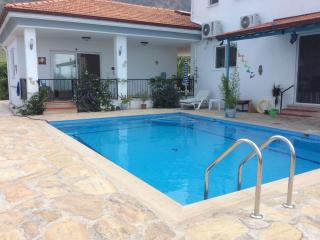 Exclusive romantic B&B with private use of pool, Koycegiz