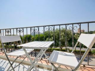 St Julians Hill 2 bedroom apartment with views