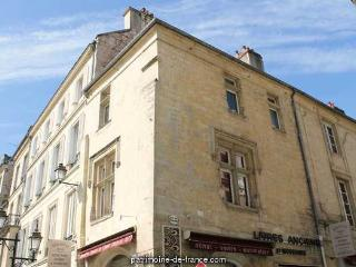 CROISIERS, Caen