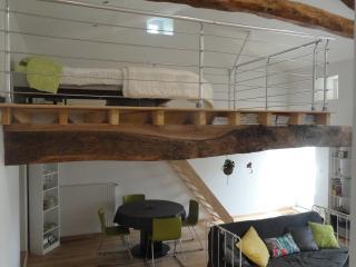 Studio Duplex pour 2 dans village paisible