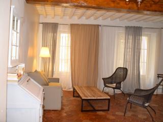 Appartement au coeur d'Avignon intra muros