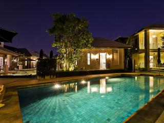 Lavish Private Resort Pool Villa, Pattaya