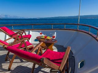 Luxury Yacht Korab