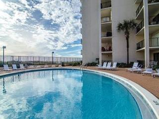 Moondrifter 705-Sleeps 8-Beachfront-Private Balcony-Pool-Tennis-BBQ-AND MORE!, Panama City Beach