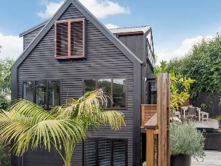 Ponsonby Family Vacation 3 Bedroom Home with Parking Auckland, Auckland Central