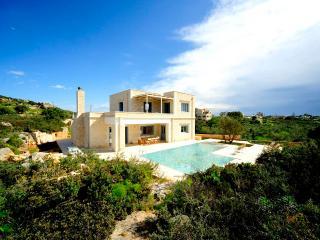 Perseas 4 bd Luxury Villa, Chorafakia