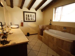 The Loftroom's bathroom