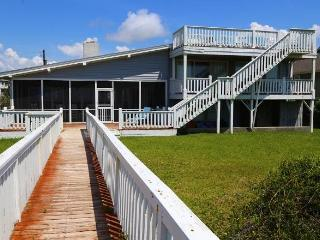 2204 Point St - 'Hacienda Loca Del Mar', Edisto Island