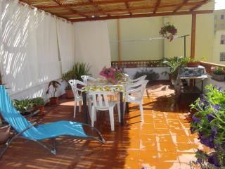Lovely apartment whit big terrace, Alghero