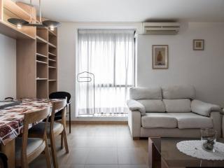 Cozy apartment at Sagrada Familia, Barcelona