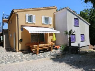 House Pejica, island Krk, Silo
