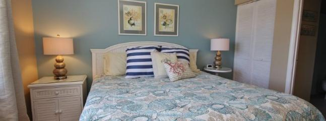 Enjoy a good nights sleep in this king size bed