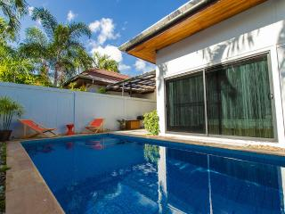 Villa South Tropic 10 min to Kata & Nai Harn beach