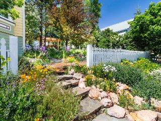 Gorgeous Victorian home for your next event!, Truckee