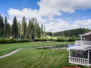 #10 ASPEN Views to the golf course.! $240.00-$265.00 DATES AND NUMBER OF NIGHTS