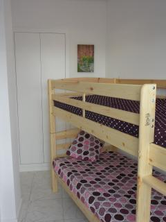 Room with 2 beds bunk + balcony