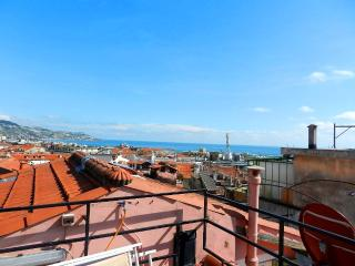 EQUIPPED APARTMENT WITH TERRACE | AP93, Sanremo