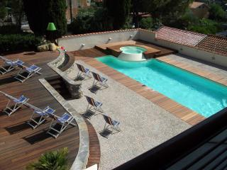NEW MODERN STUDIO WITH POOL, Diano Marina