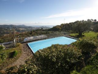 SEA VIEW APARTMENT WITH POOL | AP112, Poggi