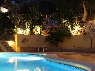 Spacious Detached 4 Bed Villa with Private Pool