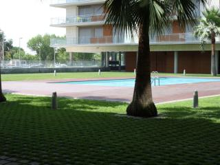 Apartamento VERDE, segunda linea de mar y piscina.