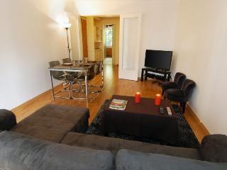 Petites Vignes apartment in 16eme - Bois de Boulo…
