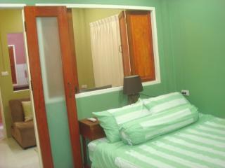 1457 : ST 2, 1 bedroom 1.5 KM to Bangtao Beach, Bang Tao Beach