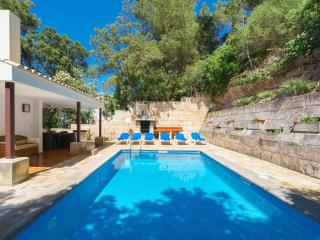 Villa with private pool in Cala San Vicente