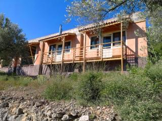 Casa Can Drago with stunning views on a valley, El Perello