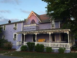 OAK BLUFFS VICTORIAN ONE BLOCK FROM BEACH, TWO BLOCKS FROM TOWN!, Oak Bluffs