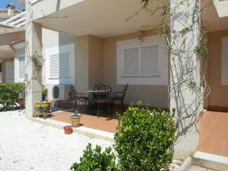 2 bed 2 bath ground floor apartment Zeniamar