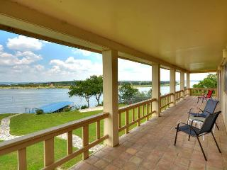 Wonderful Lake Home with Spectacular 180 degree views of Main Lake Travis