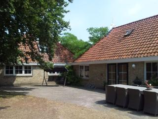 Farmhouse, 8-12 Pers, Peace & Space, Oldeberkoop