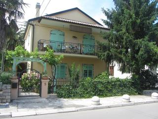 Romantic holiday apartment Villa Anka, Dalmatia, Biograd na Moru