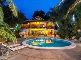 Casa Cook, Tamarindo