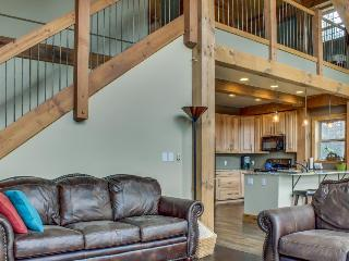 Secluded, custom-built home w/ views of Continental Divide!