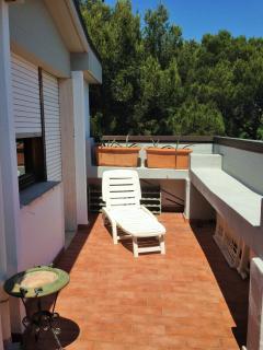 S terrace (front bedroom #1)