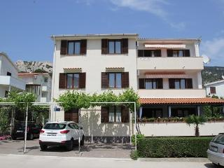 APARTMENTS ZLATICA BAŠKA 2