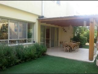 Villa Magnifica - Zichron Yaakov, near Haifa